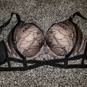 Victorias secret very sexy push up bra